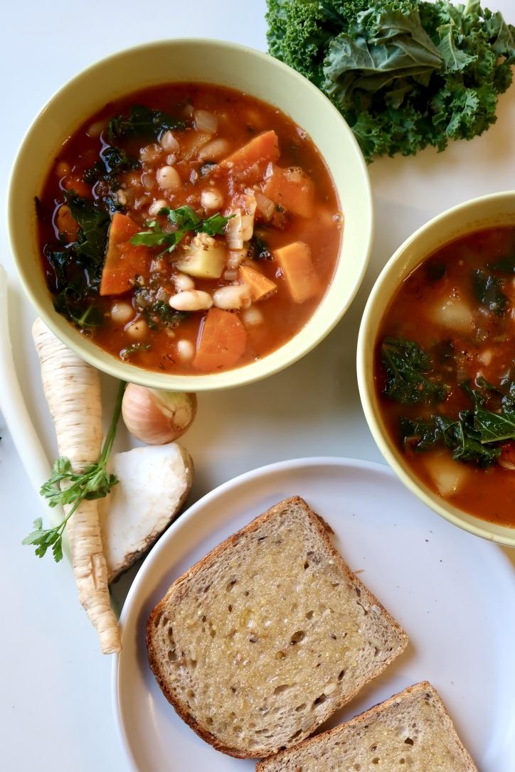 Zimowa zupa fasolowa