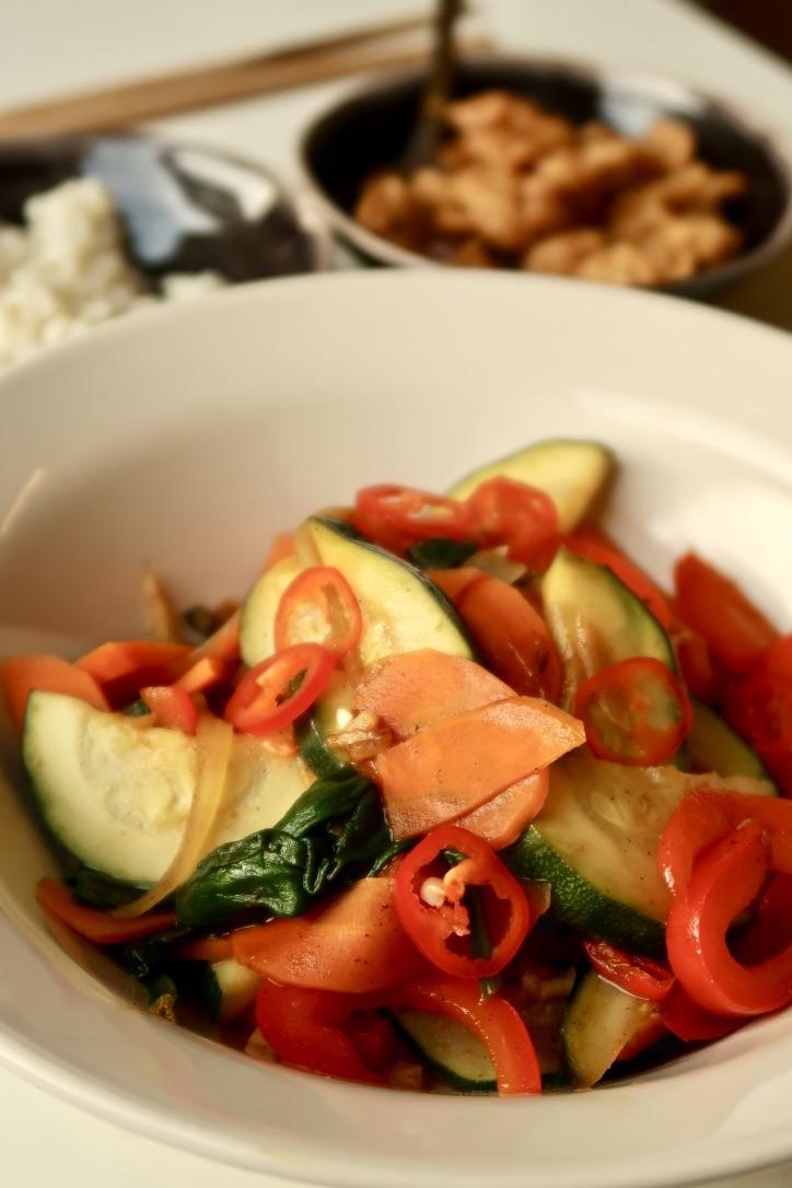 salatka-pad-thai