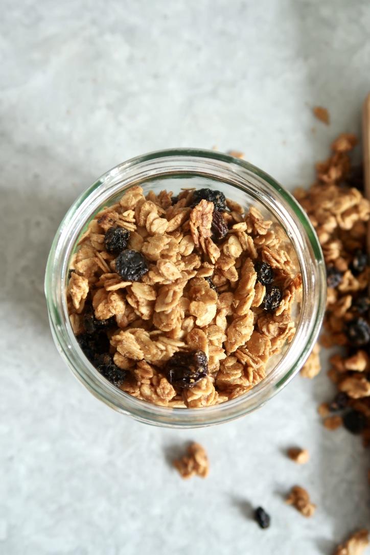 granola-tahini-kardamon