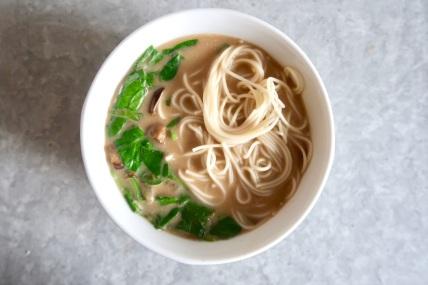 weganska-zupa-grzybowa