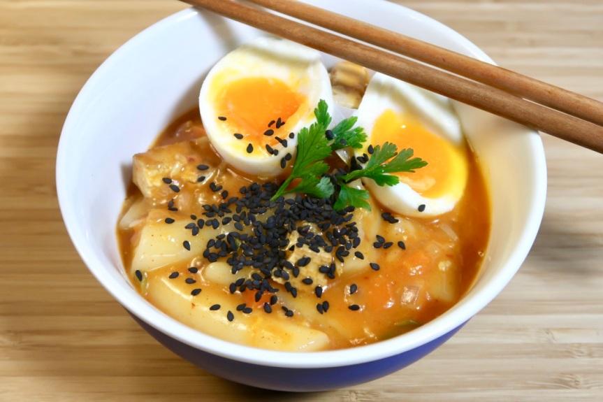 weganskie-koreanskie-kluski